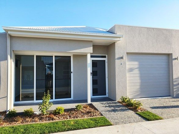 Picture of 60/2 Spinnaker Drive, Sandstone Point