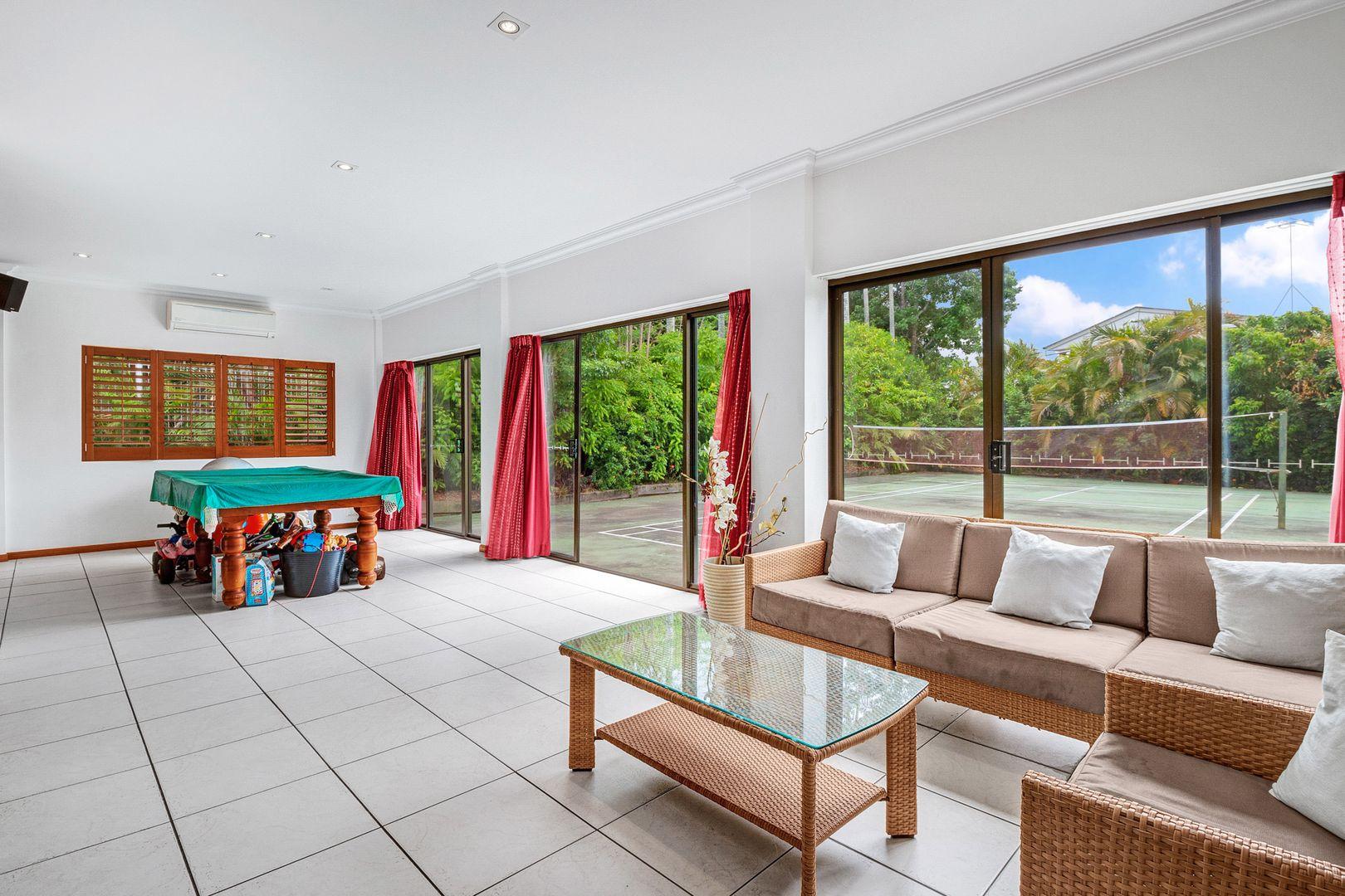 11 Bondel Street, Mount Ommaney QLD 4074, Image 1