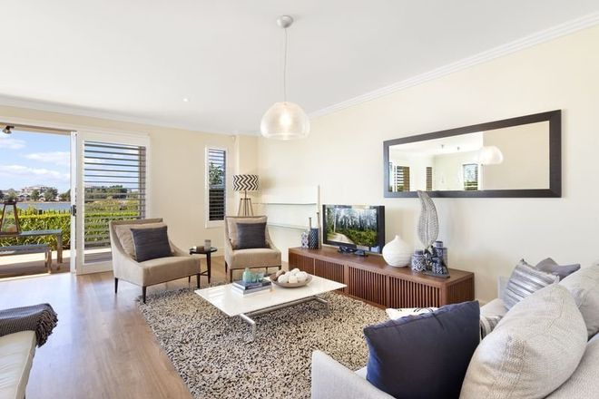 Picture of 10 Jacaranda Drive, CABARITA NSW 2137