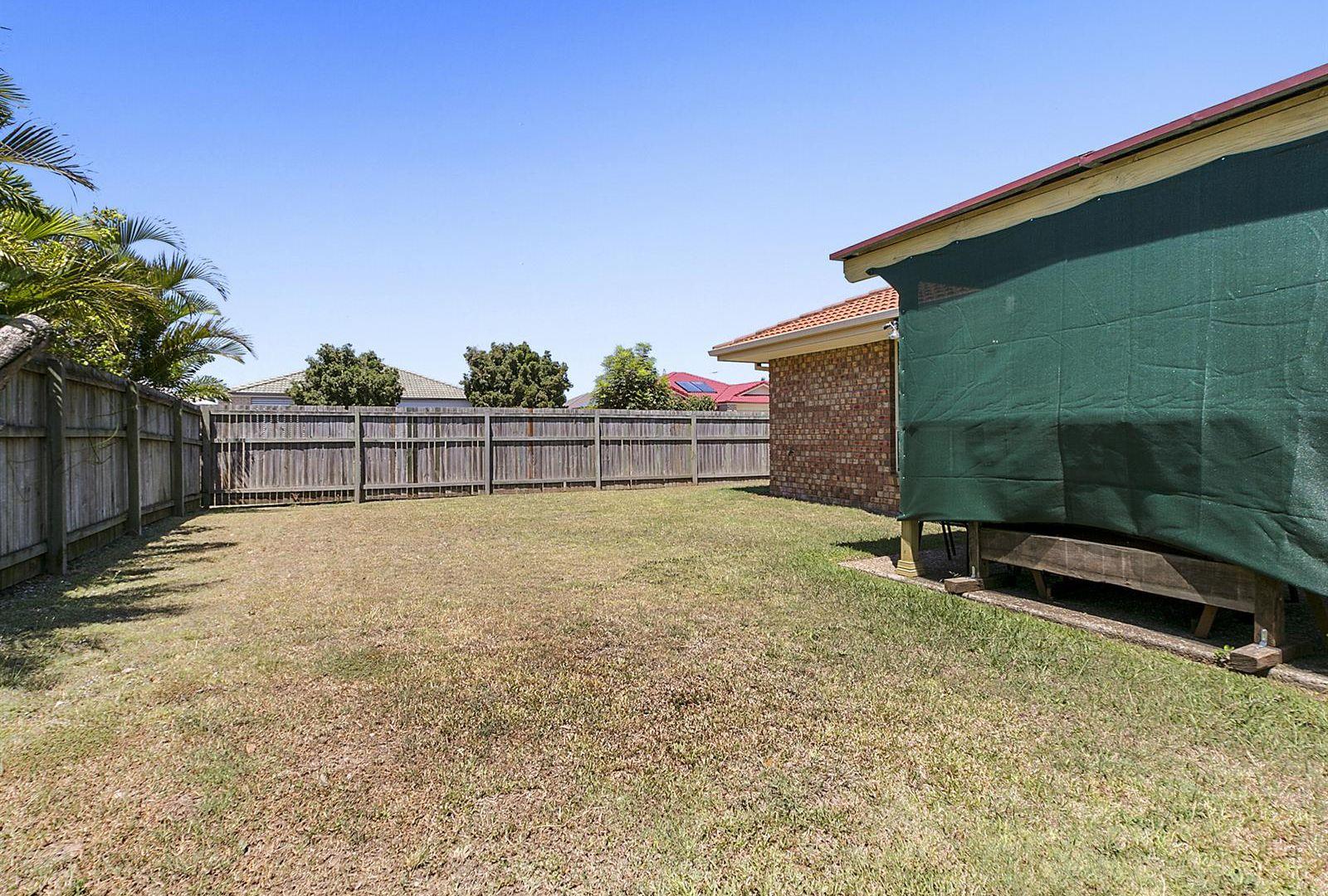 1 Carabbean Close, Wynnum West QLD 4178, Image 2