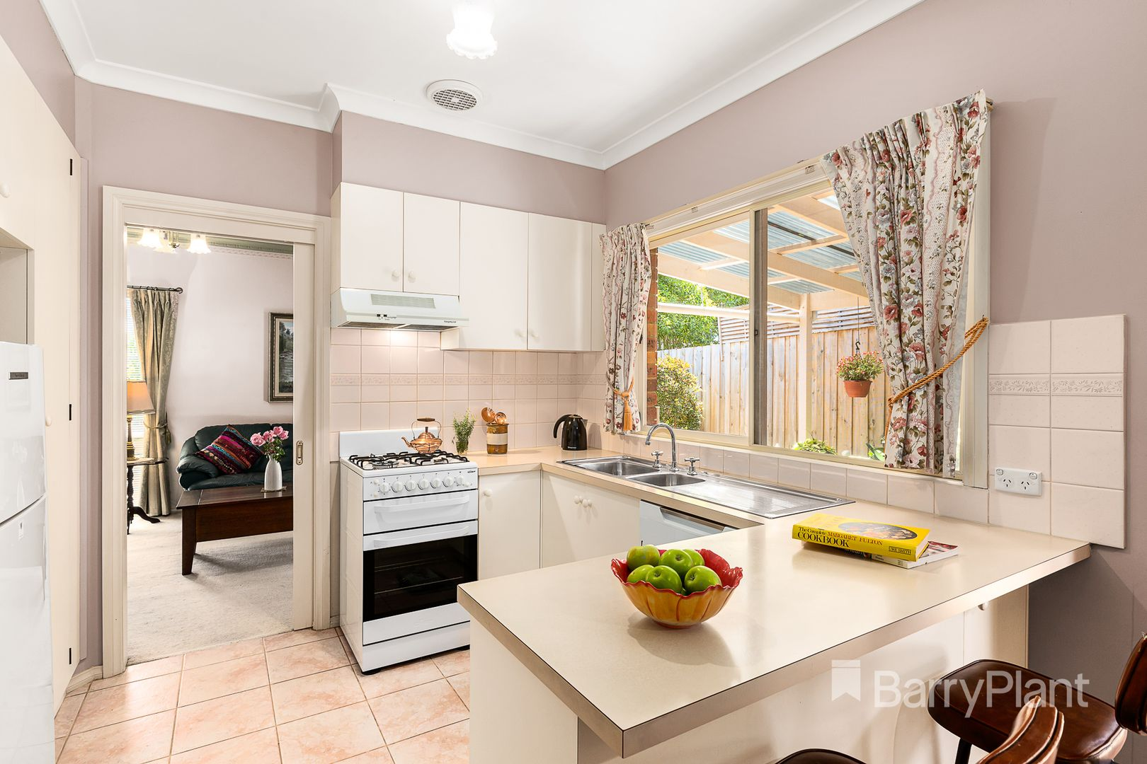 1/32 Chapman Street, Diamond Creek VIC 3089, Image 2