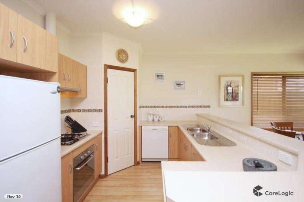 25 Beechwood Avenue, Mawson Lakes SA 5095, Image 2