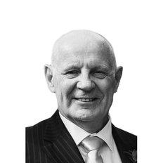 Andre Bondeson, Sales representative