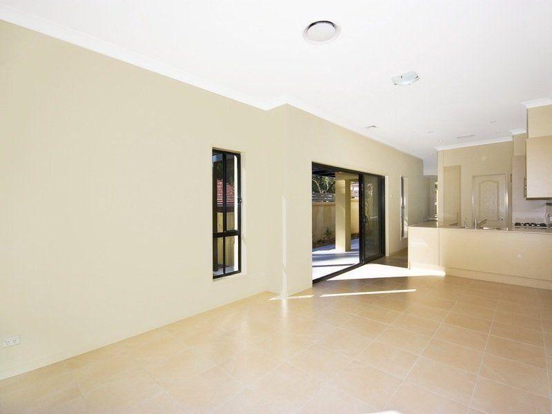 14 Harden Avenue, Northbridge NSW 2063, Image 2