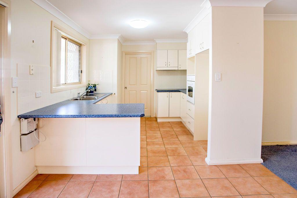 2/8 Plover Street, Taree NSW 2430, Image 2