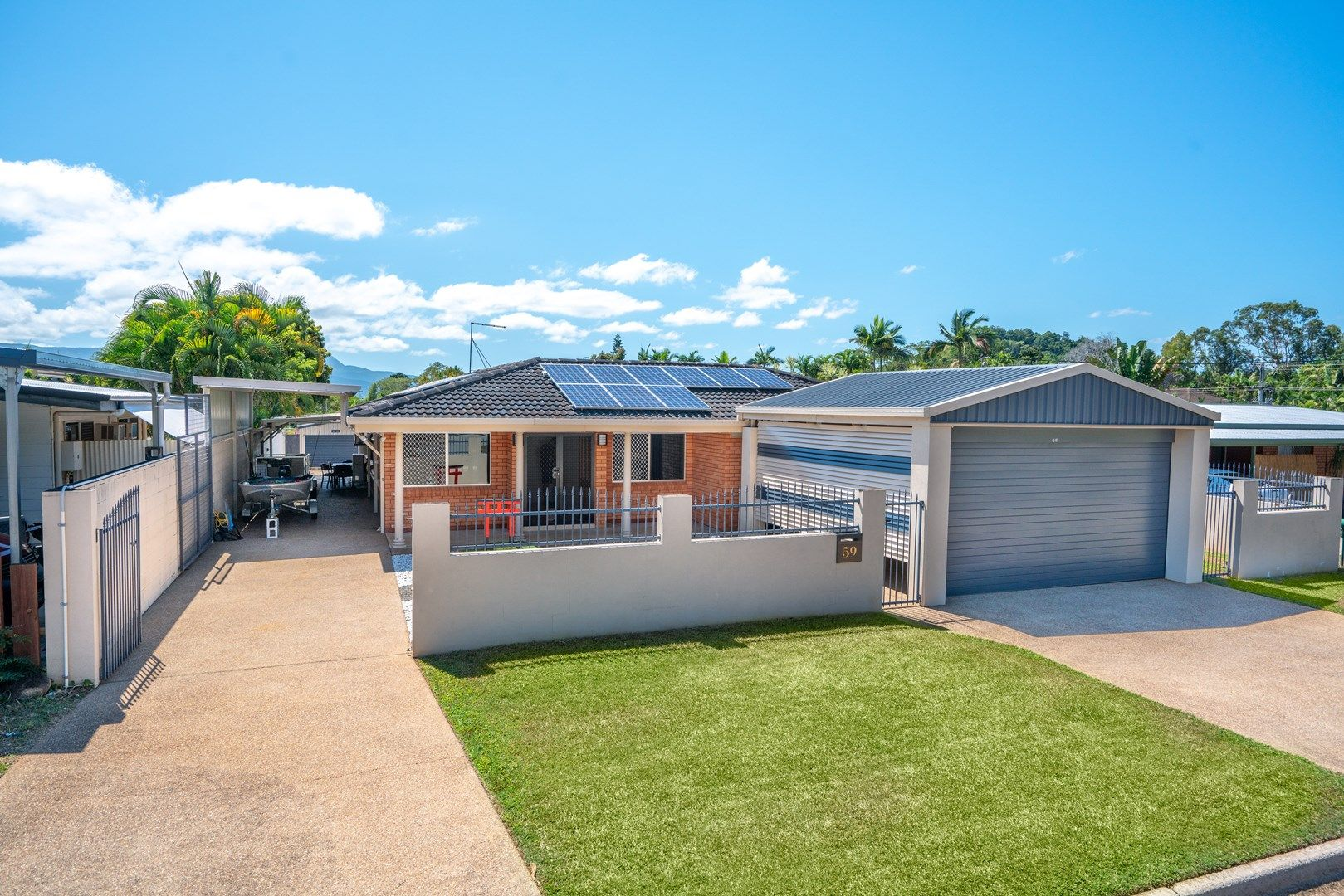 59 Amethyst Street, Bayview Heights QLD 4868, Image 2