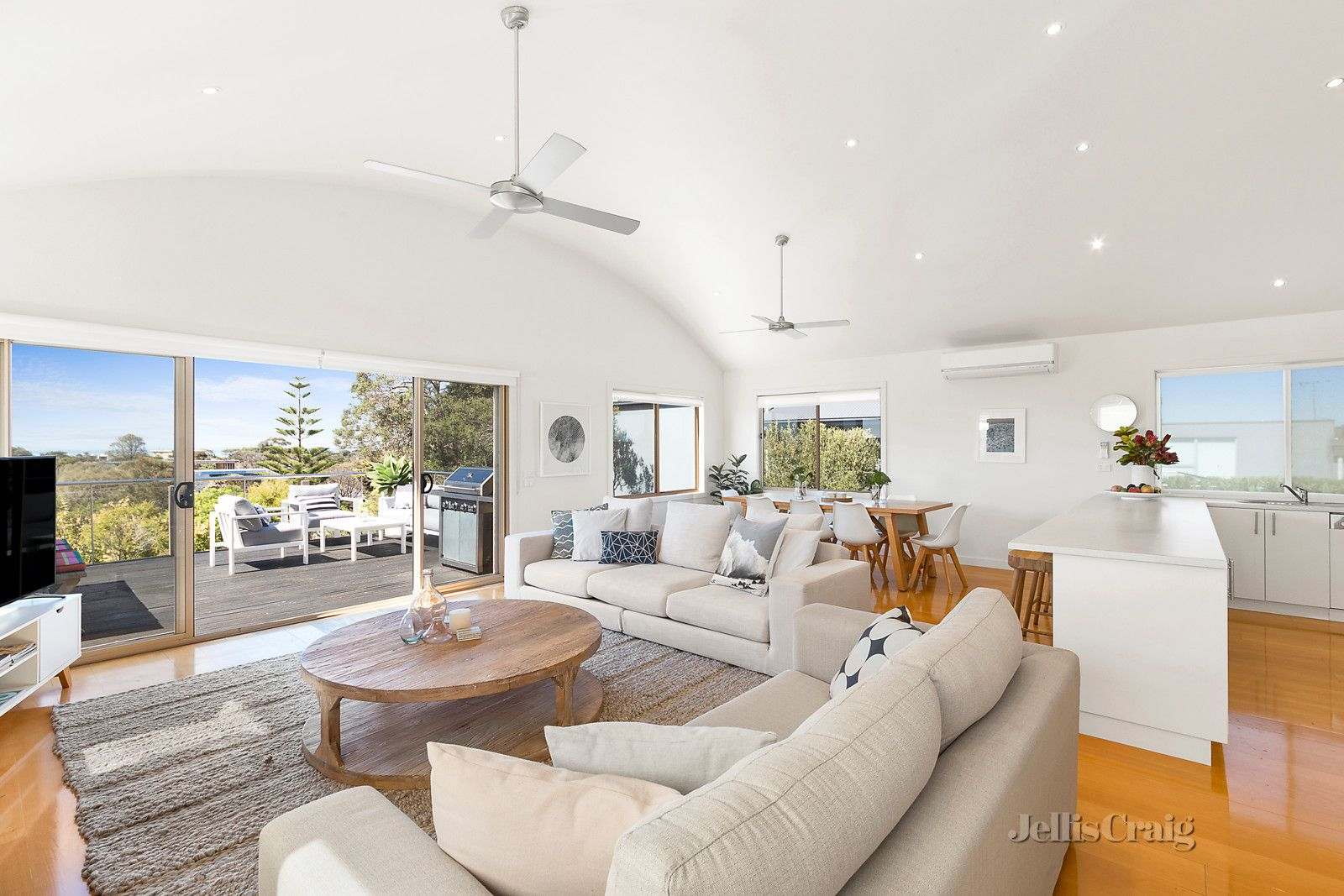 30 Seaview Street, Blairgowrie VIC 3942, Image 2