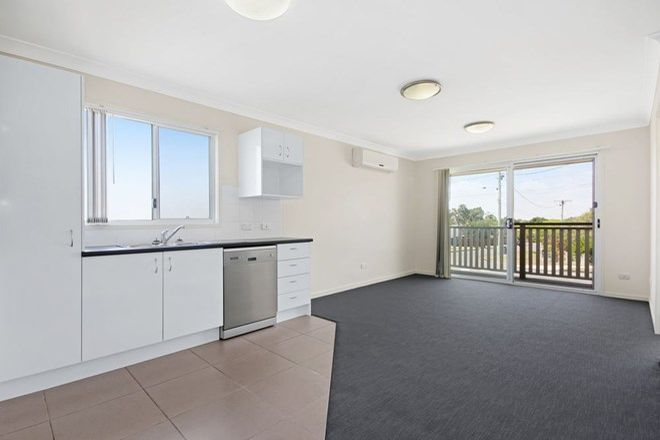 Picture of 2/71 Sibley Rd, WYNNUM WEST QLD 4178