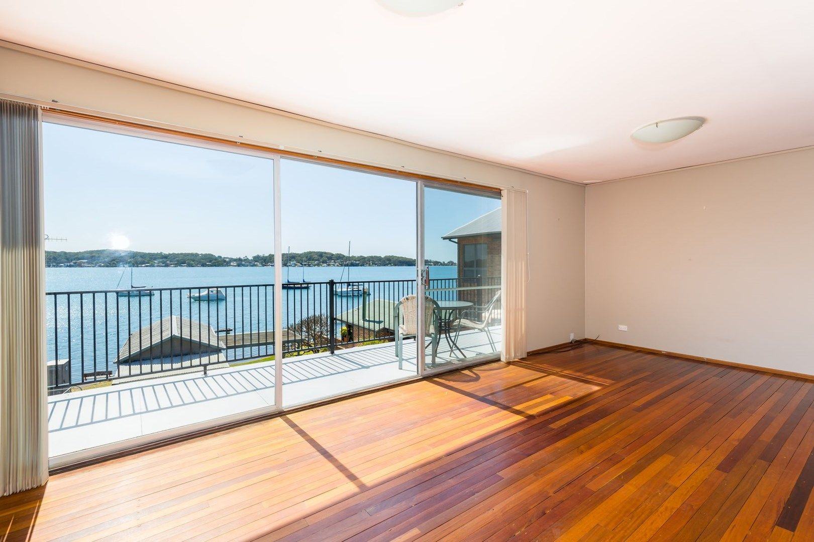 105 Fishing Point Road, Fishing Point NSW 2283, Image 0