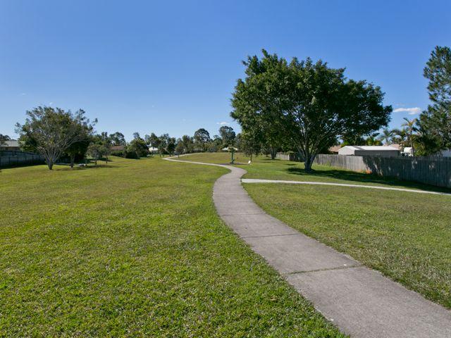 15 Cresta Court, Morayfield QLD 4506, Image 2