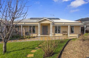 Picture of 3 Penzance Court, Kyneton VIC 3444