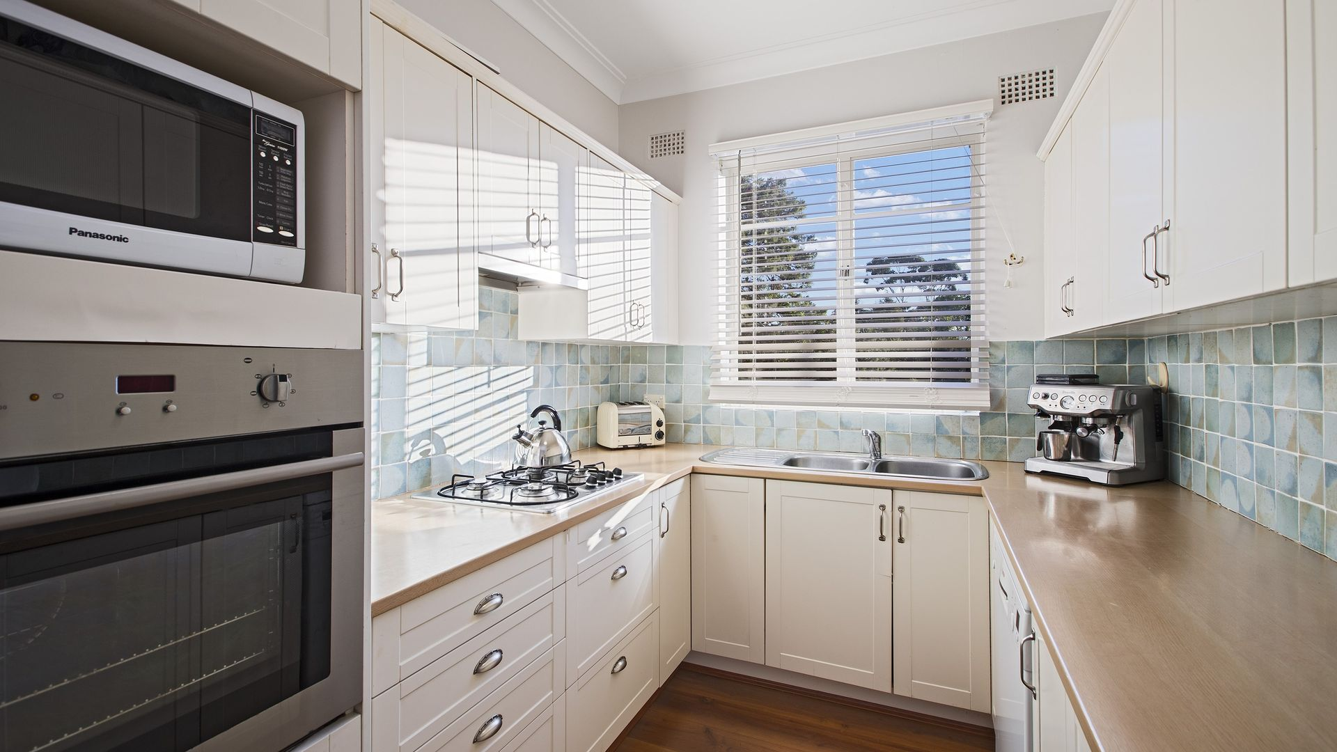 4/3 Gladstone Pde, Lindfield NSW 2070, Image 2