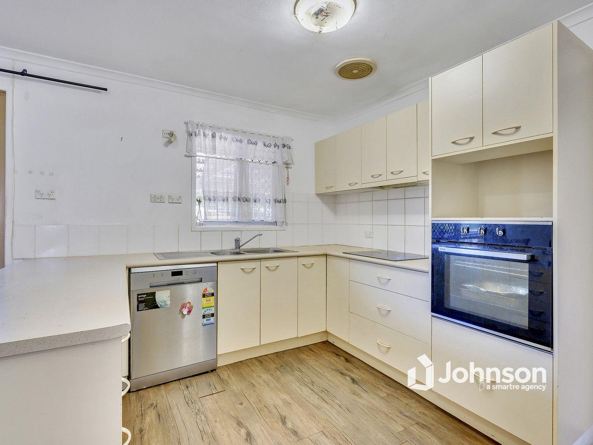 7 Maranta Street, Alexandra Hills QLD 4161, Image 2