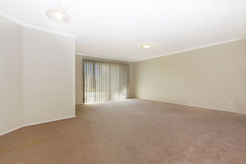7 Burnham Avenue, Glenwood NSW 2768, Image 2