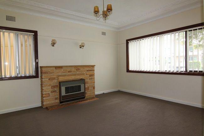 30 Walton Street, Blakehurst NSW 2221, Image 0