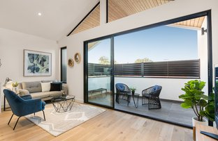 Picture of 2/16 Swallow  Street, Preston VIC 3072