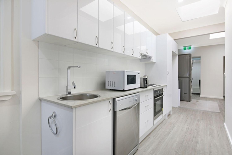 3/36 Nerang Street, Southport QLD 4215, Image 2