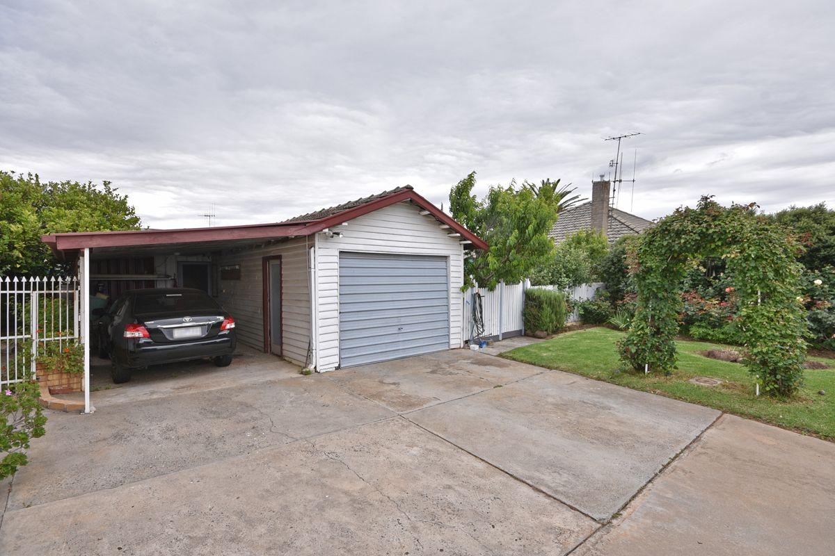 13 Gordon Street, Kangaroo Flat VIC 3555, Image 1