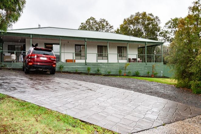 Picture of 37 Park Avenue, EILDON VIC 3713