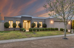Picture of 56 Landscape Drive, Hillside VIC 3037
