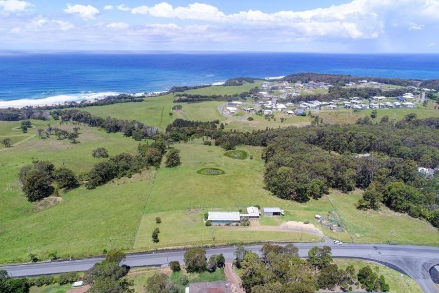 180 Diamond Beach Road, Diamond Beach NSW 2430, Image 2