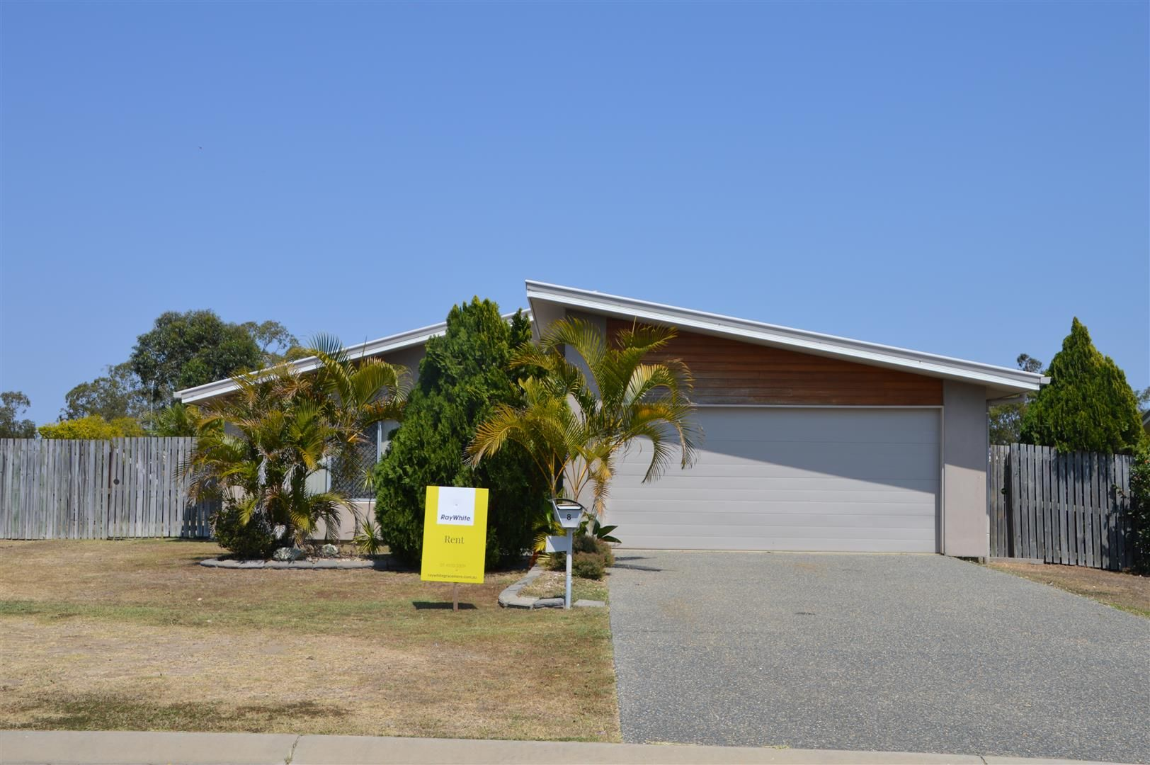 8 Owen Avenue, Gracemere QLD 4702, Image 0