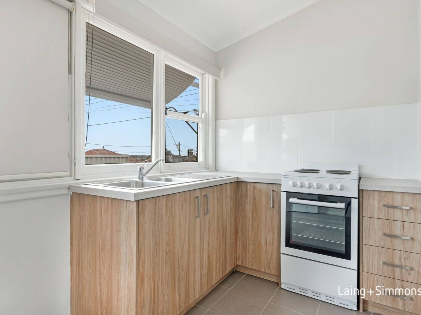 33a Queen Street, Guildford NSW 2161, Image 1
