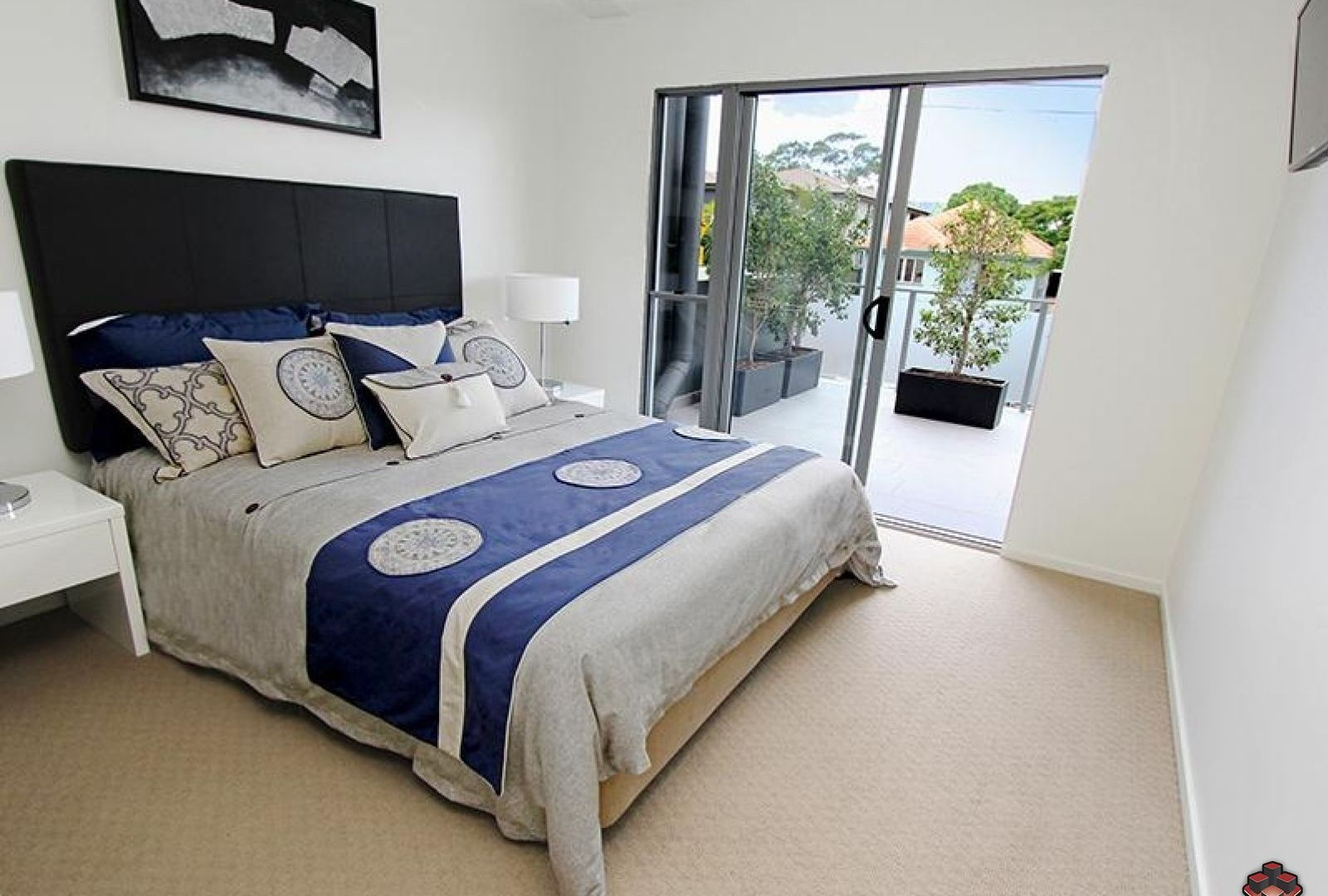 2 Laurence Street, St Lucia QLD 4067, Image 1