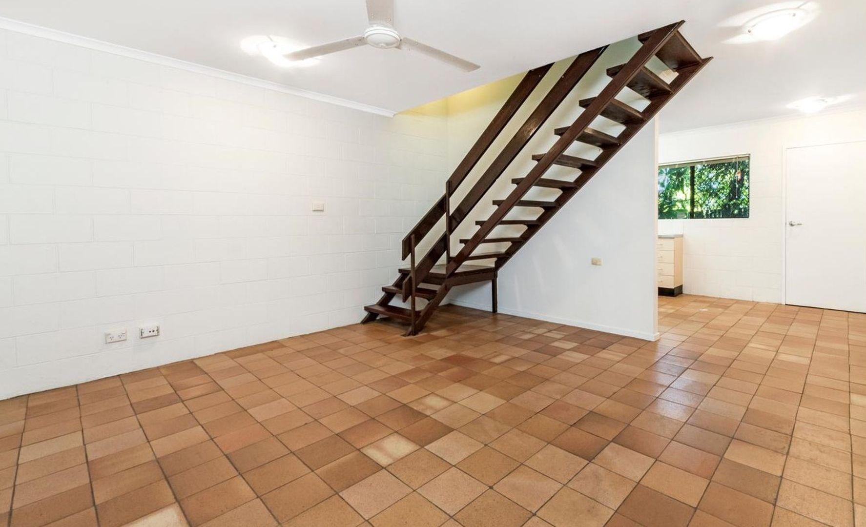 10/9-10 Cavanagh Street, Woree QLD 4868, Image 2