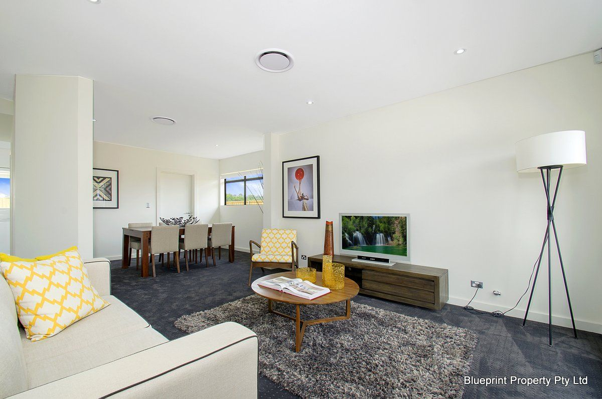 2/2 McCausland Place, Kellyville NSW 2155, Image 2