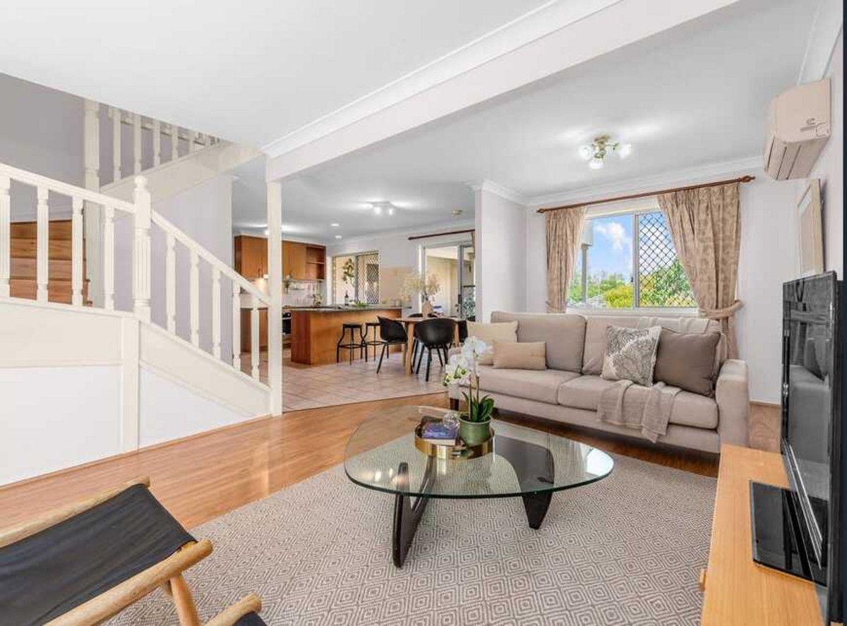 19 Carissa Street, Sinnamon Park QLD 4073, Image 1