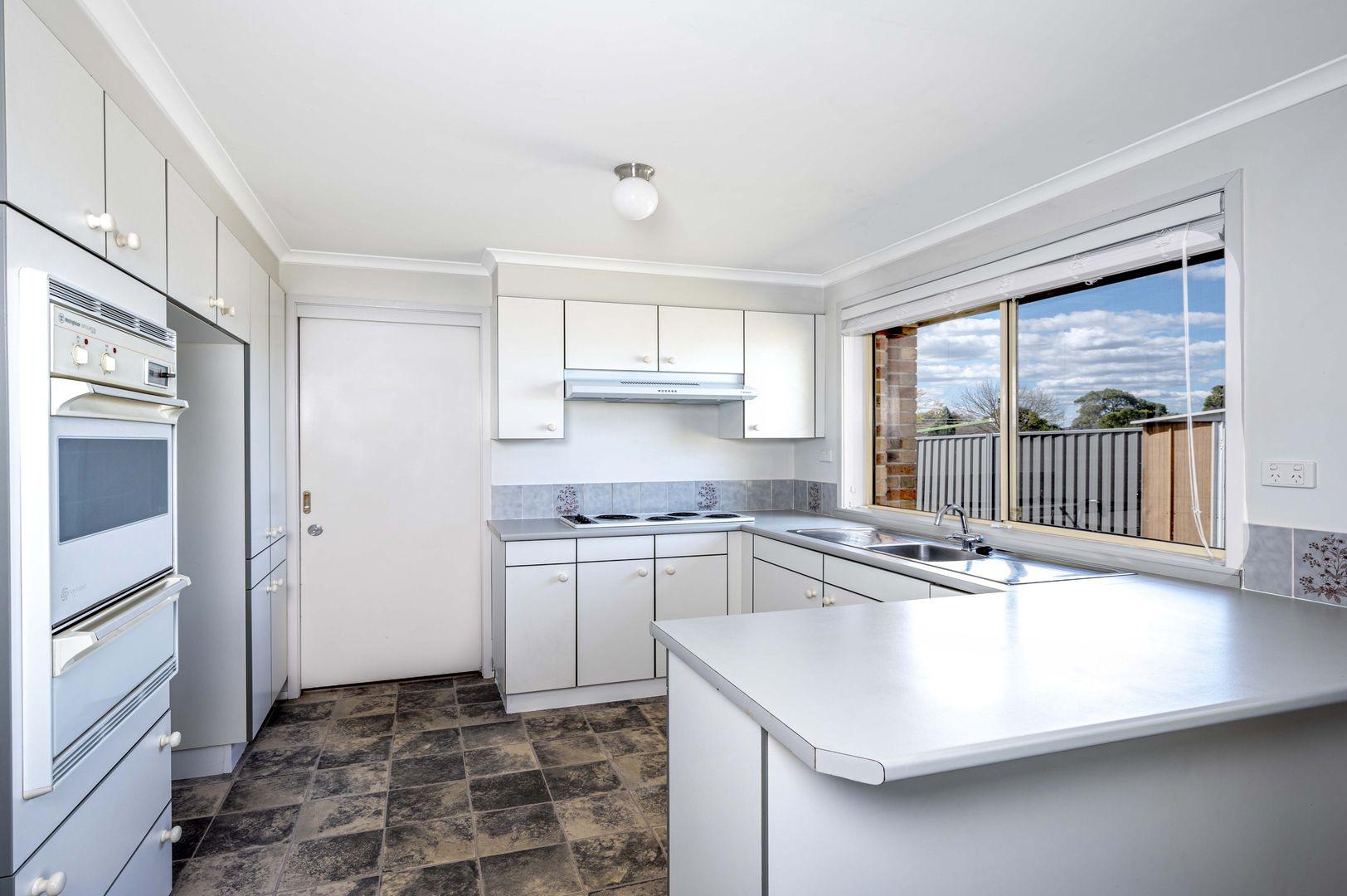 2/28 Abelia Street, Tahmoor NSW 2573, Image 1