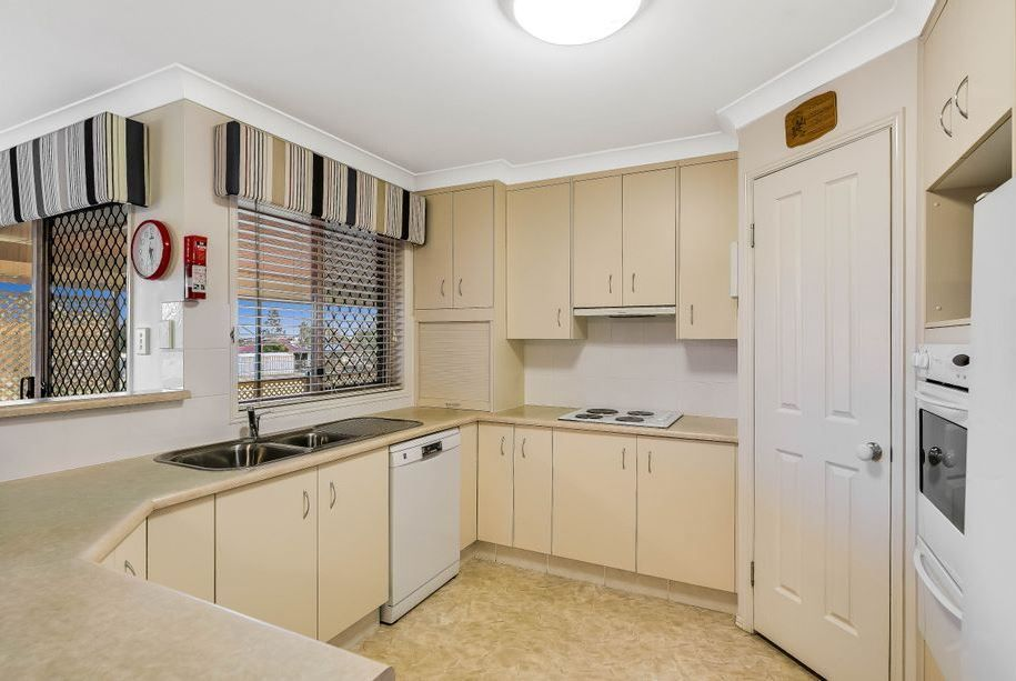 4 Janet Drive, Vale View QLD 4352, Image 2