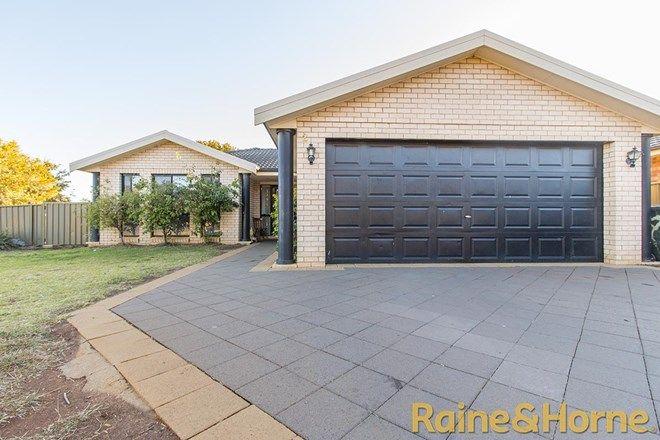 Picture of 2 Lancaster Park Place, DUBBO NSW 2830