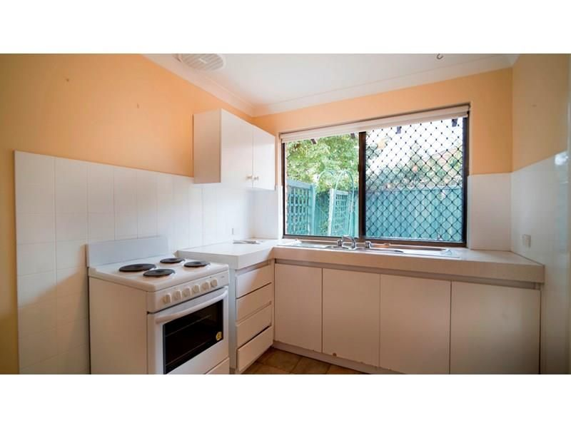 Unit 4/31 Parkside Avenue, Mount Pleasant WA 6153, Image 2
