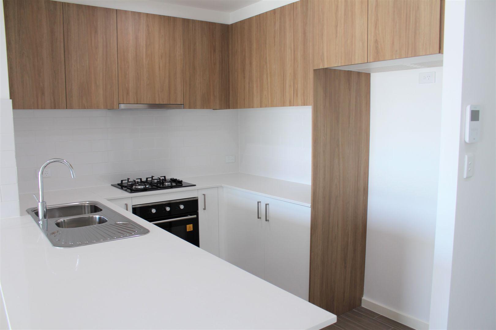 206/31-35 Smallwood Avenue, Homebush NSW 2140, Image 1