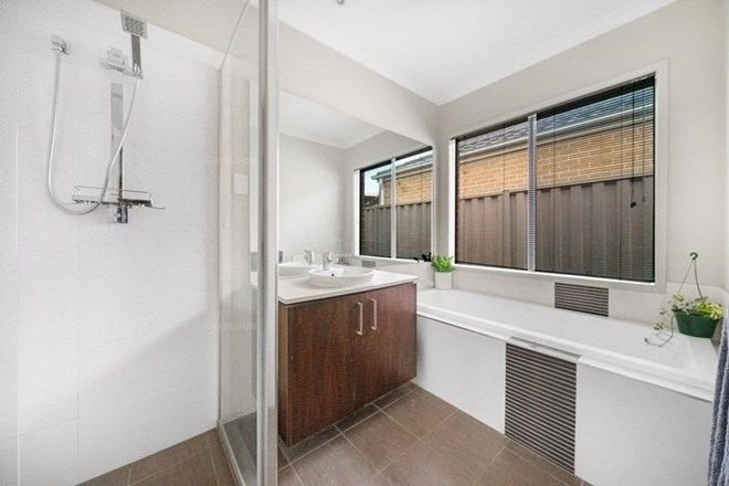 Picture of 6 Tarango Drive, POINT COOK VIC 3030