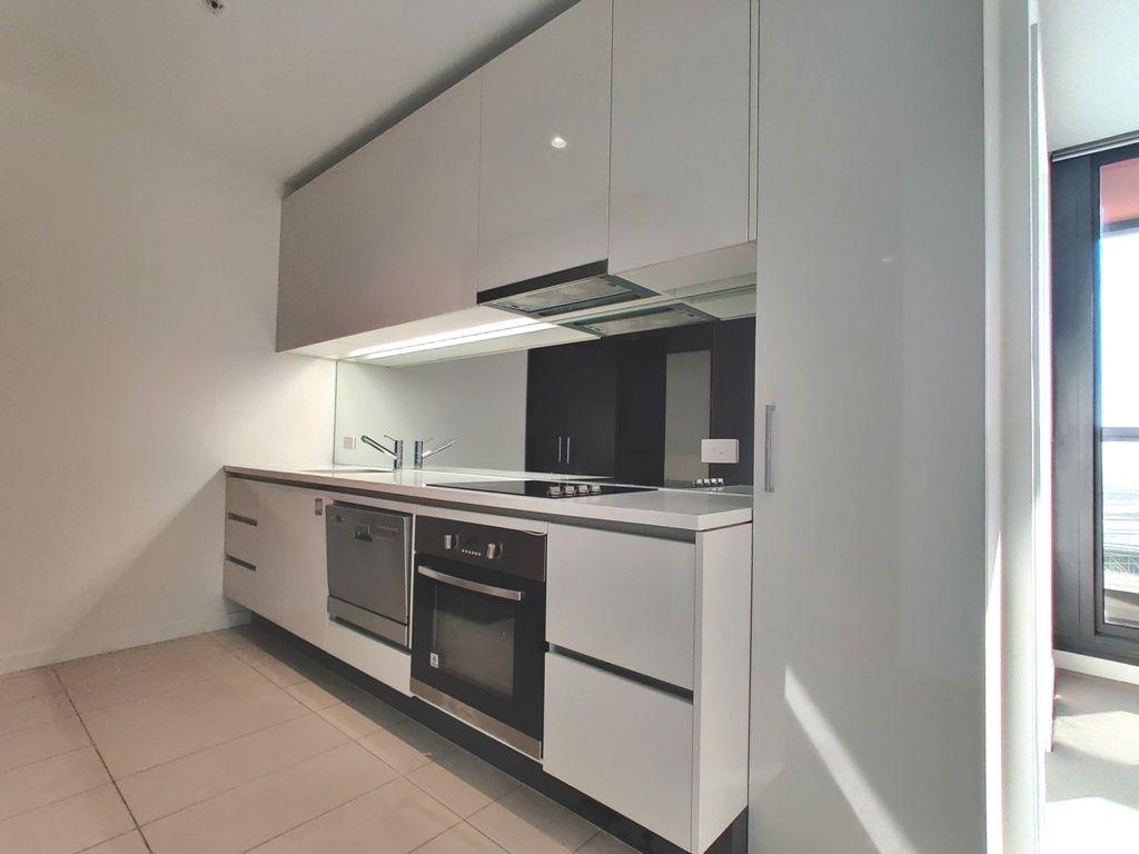 3208/639 Lonsdale Street, Melbourne VIC 3000, Image 2