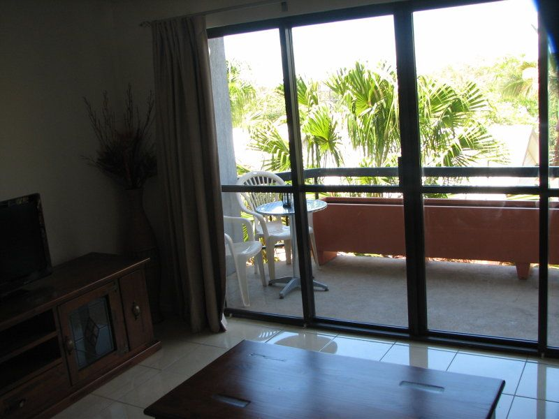 Unit 11/83-85 Auckland Street, Gladstone Central QLD 4680, Image 2