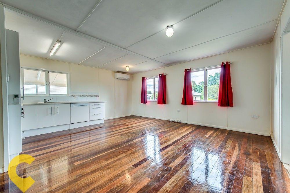 32 Vivian Street, Eastern Heights QLD 4305, Image 2