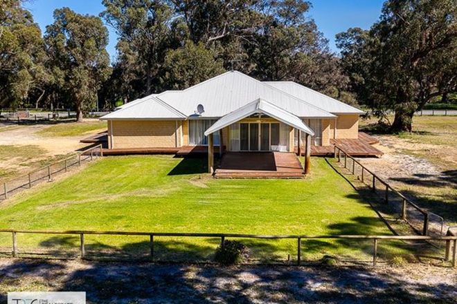 Picture of 13 Thomasfield Place, RAVENSWOOD WA 6208