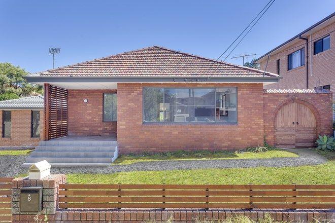 Picture of 8 Regina Avenue, BROOKVALE NSW 2100