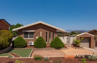 Picture of 76 Sinclair Street, Kambah ACT 2902