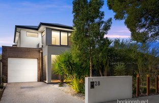Picture of 1/28 Maddox Road, Newport VIC 3015