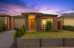 Picture of 46 Burford Way, Cranbourne North VIC 3977