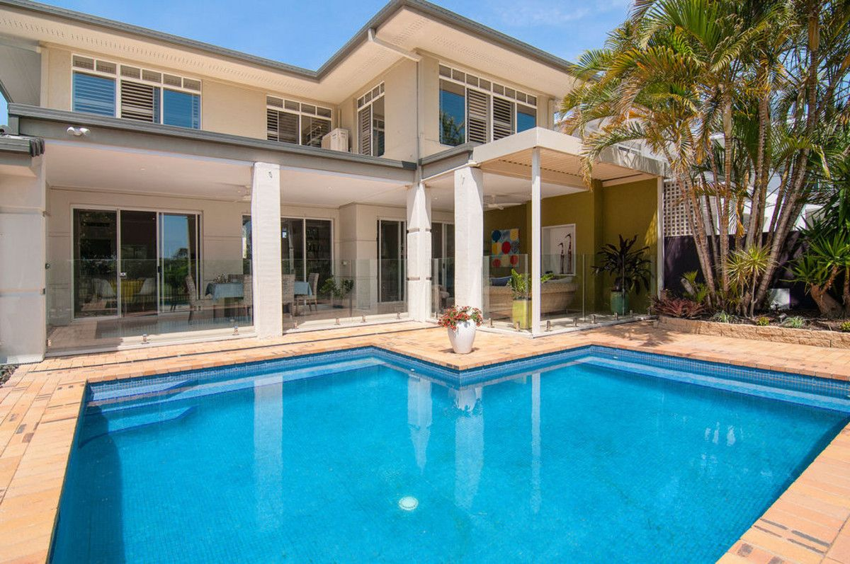 4645 The Parkway, Sanctuary Cove QLD 4212, Image 2