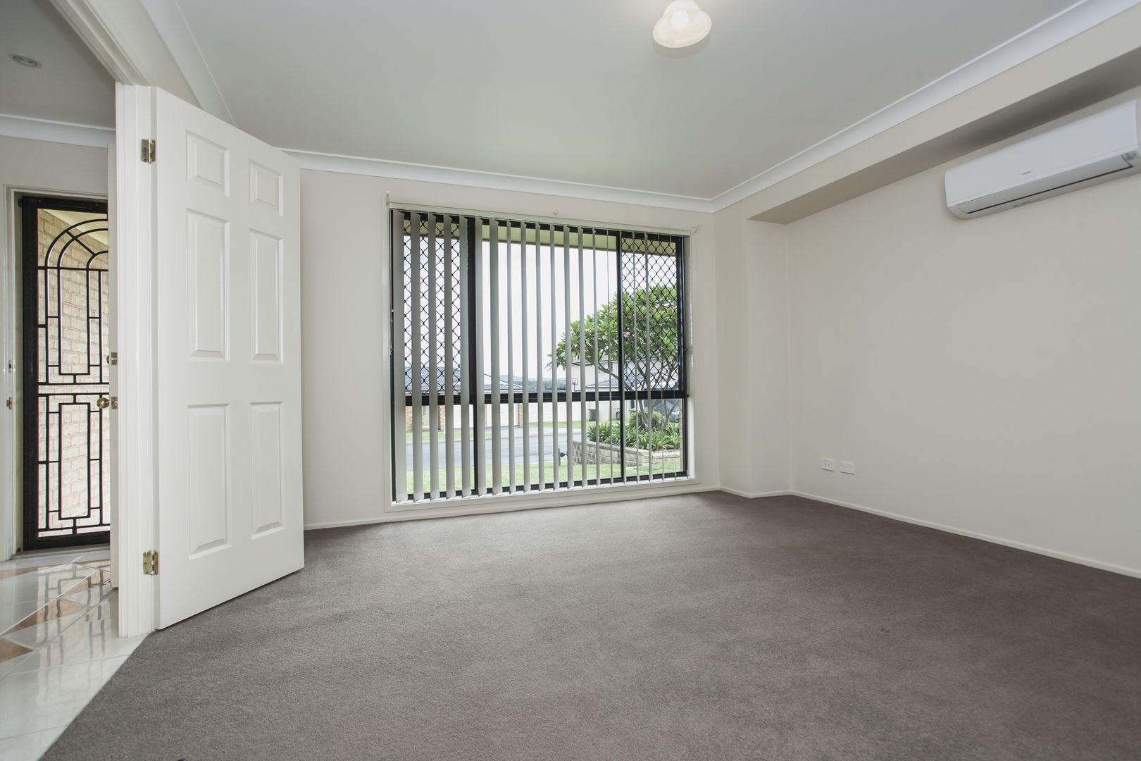 76 Lemonwood Circuit, Thornton NSW 2322, Image 2
