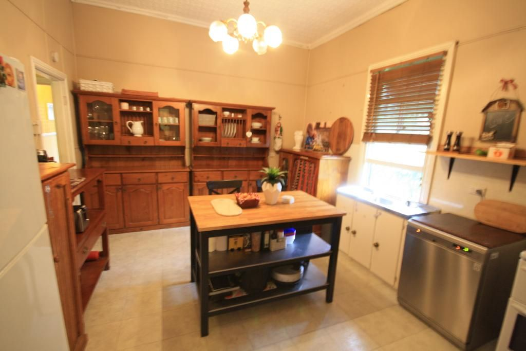 2 Pearse Street, Jerrys Plains NSW 2330, Image 2