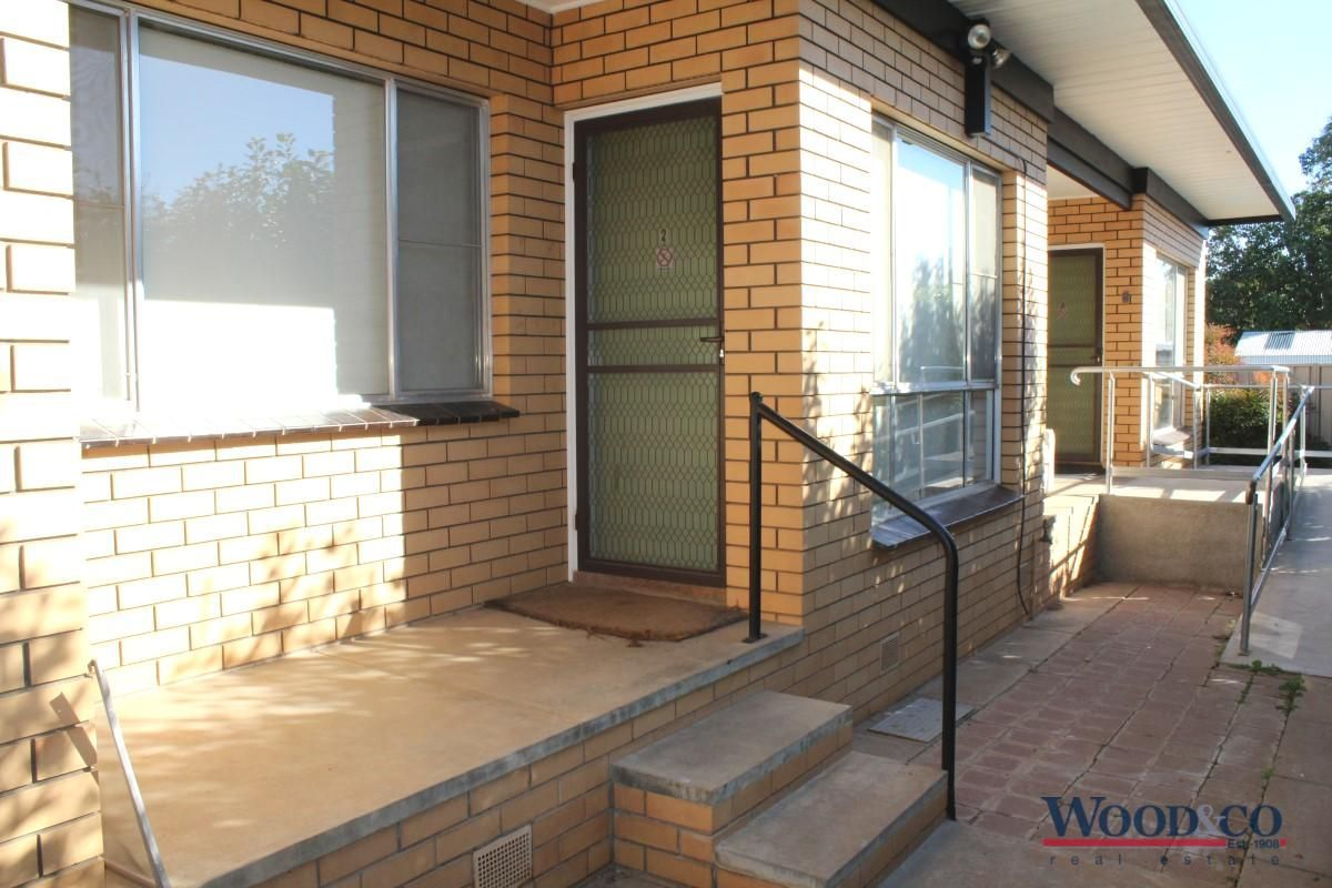 2/1 Long Street, Swan Hill VIC 3585, Image 0