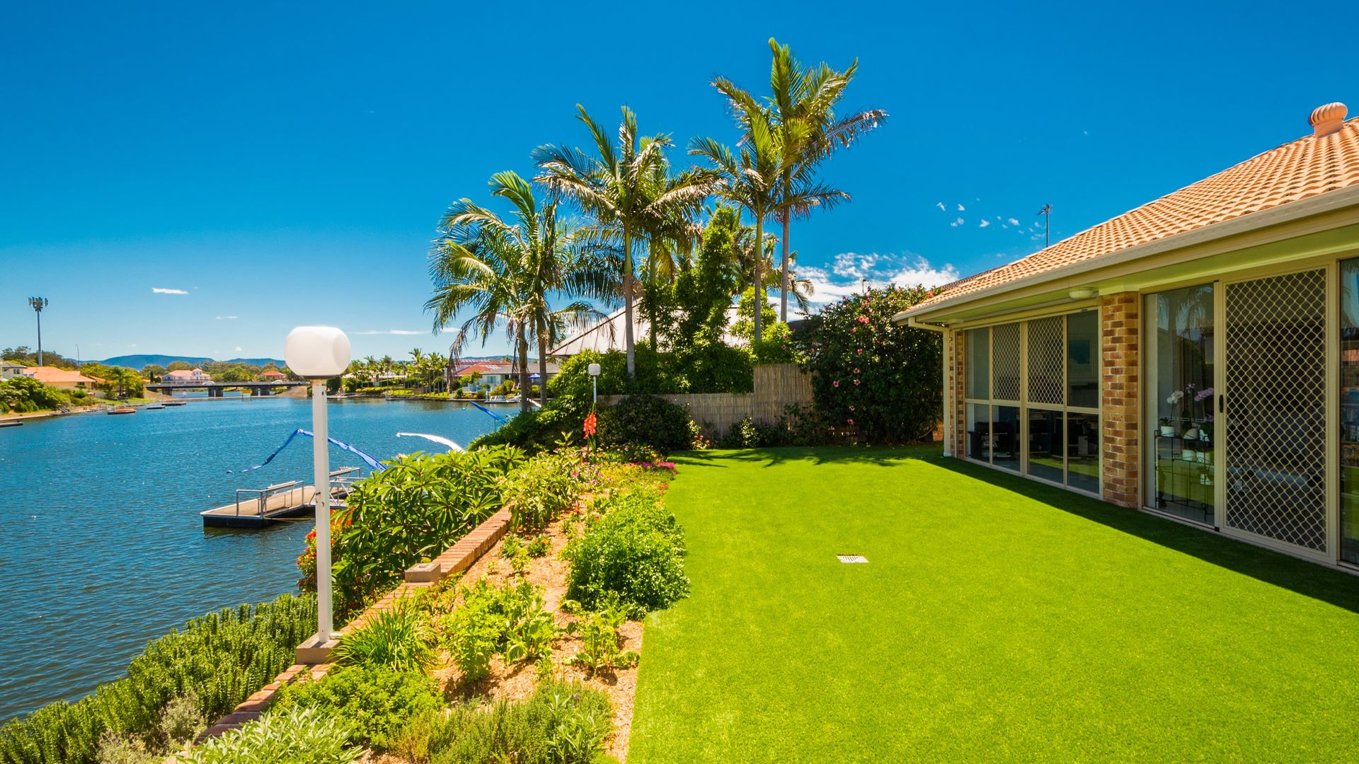 10 Salamander Court, Mermaid Waters QLD 4218, Image 1